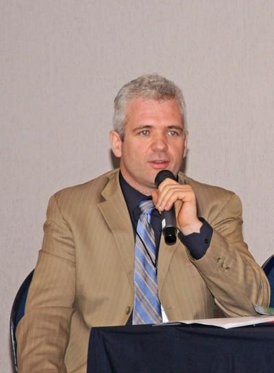 Jürgen Mahlknecht.- Centro del Agua para América Latina y el Caribe